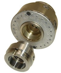 VM120 chuck with thread inserts